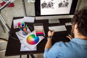 what skills do you need to become a graphic designer